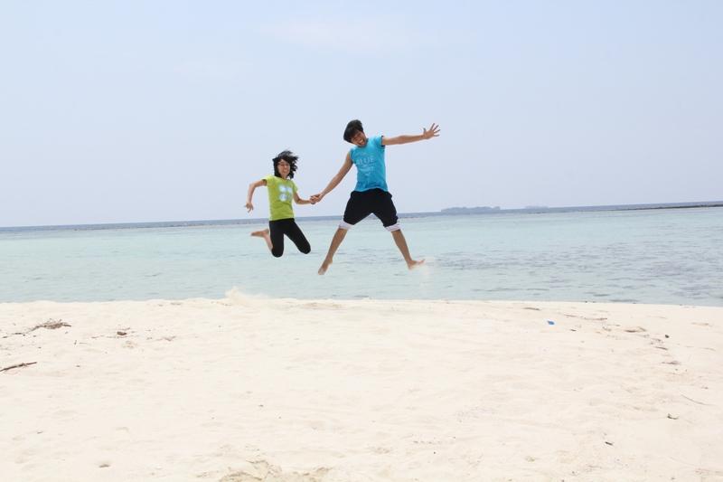 Lepas bebas di Pulau Cemara Kecil
